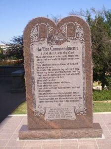10_Commandments_monument