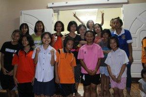 Thai_group_girls
